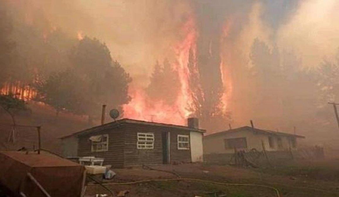 Hay cerca de 300 familias que quedaron sin vivienda.