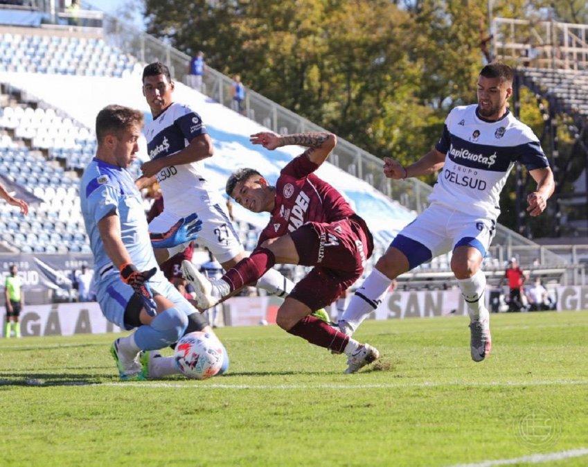 Lanús le ganó 4-2 a Gimnasia como visitante.