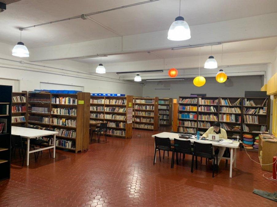 Proponen instalar un aula virtual pública en la Biblioteca de Rada Tilly.