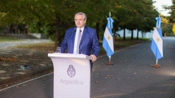 Fernández anunciaría restricción de circulación  a partir de las 20