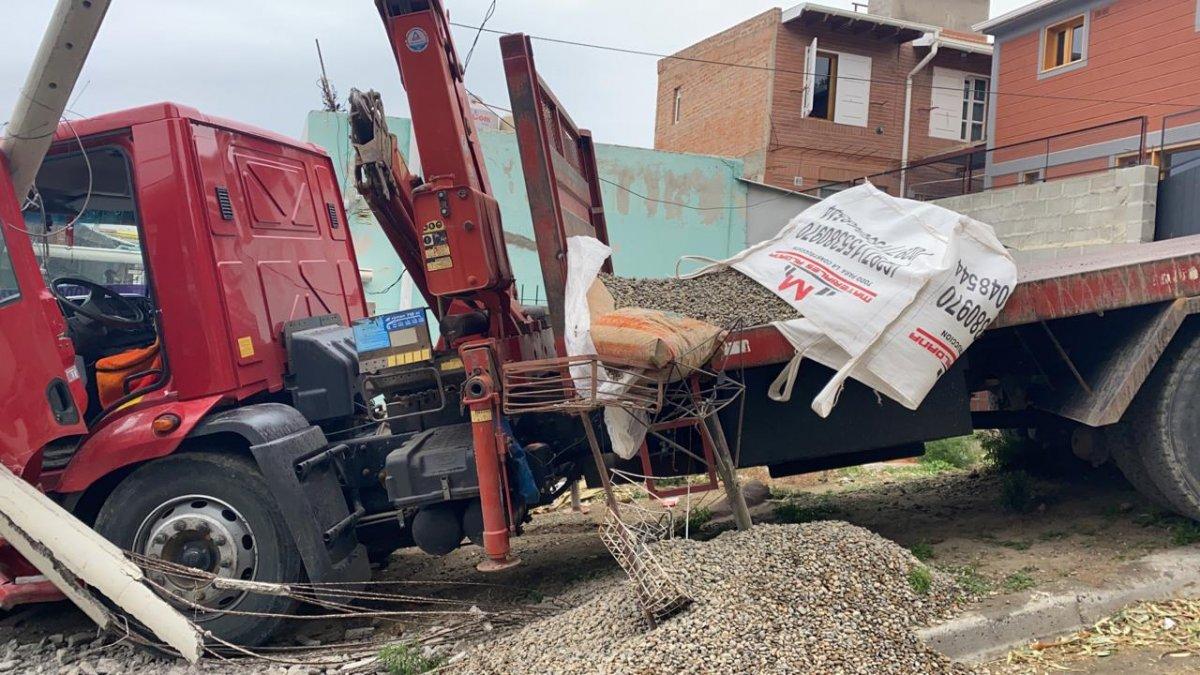 Impresionante accidente en el barrio 9 de Julio