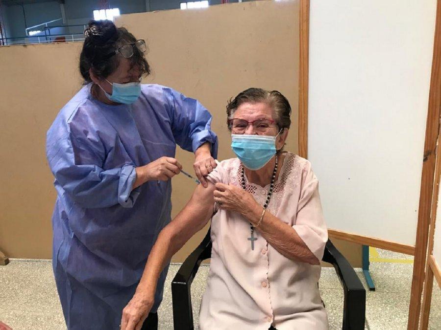 El intendente Juan Pablo Luque resaltó el éxito de la campaña de vacunación.
