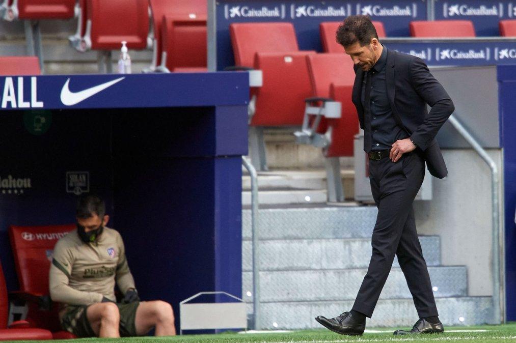 Simeone preocupado sigue dejando puntos en el camino y ahora puede perder el liderazgo en La Liga.