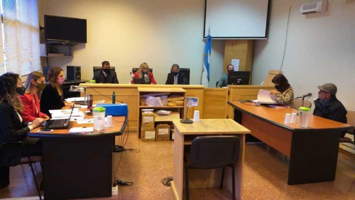 Comenzó en Esquel el juicio por el Femicidio de Ruth Figueroa.