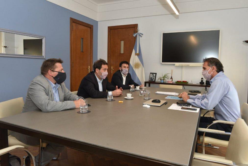 El intendente Juan Pablo Luque realizó reuniones en Capital Federal