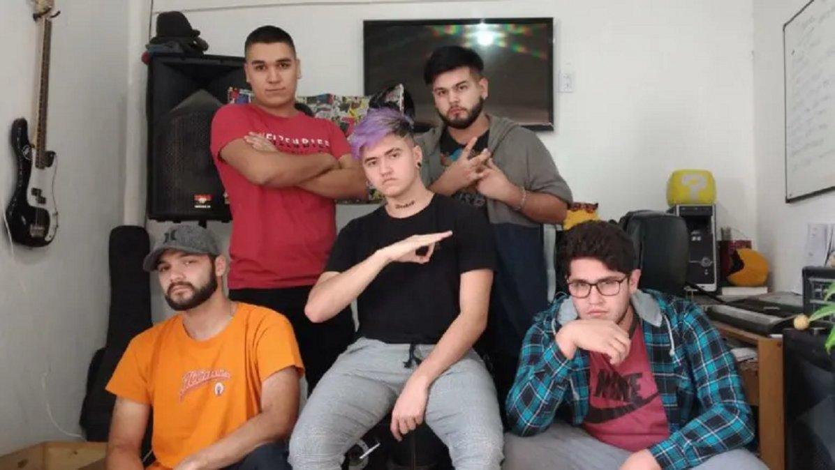 Integrantes de la banda BCR de Centenario