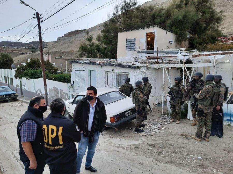 Realizaron siete allanamientos simultáneos por venta ilegal de balas