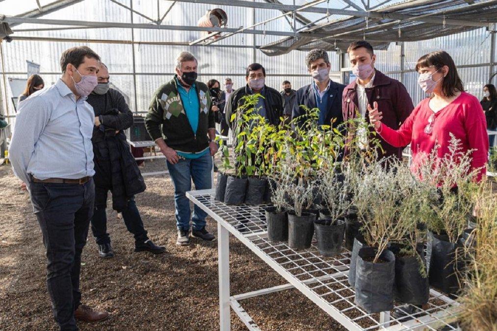 Luque reinauguró el Vivero Agrícola Forestal de Comodoro Conocimiento.