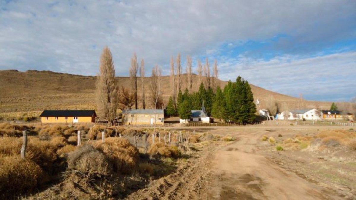 En un pueblo de Neuquén tuvieron que aislar hasta al intendente