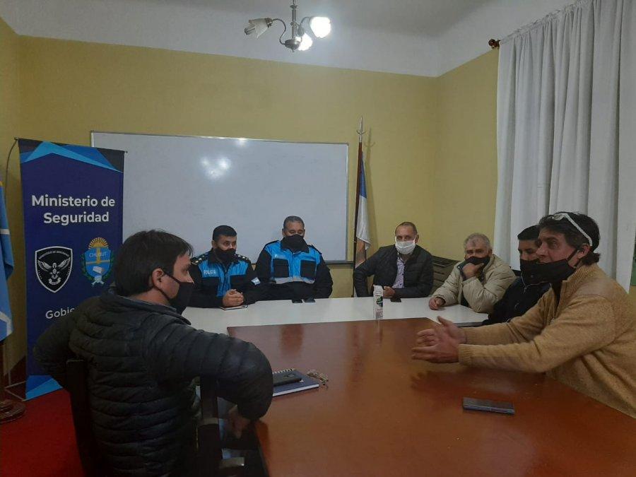 Vecinalistas de la zona sur se reunieron con miembros de seguridad.
