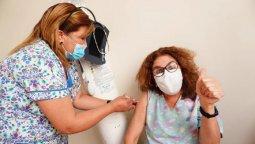 altText(Hasta el viernes se vacunaron 111.552 personas en Chubut )}