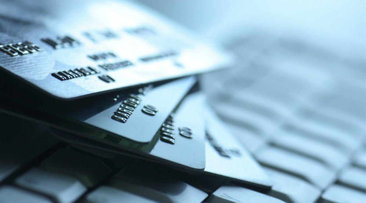 La estafa de moda con las tarjetas de crédito.