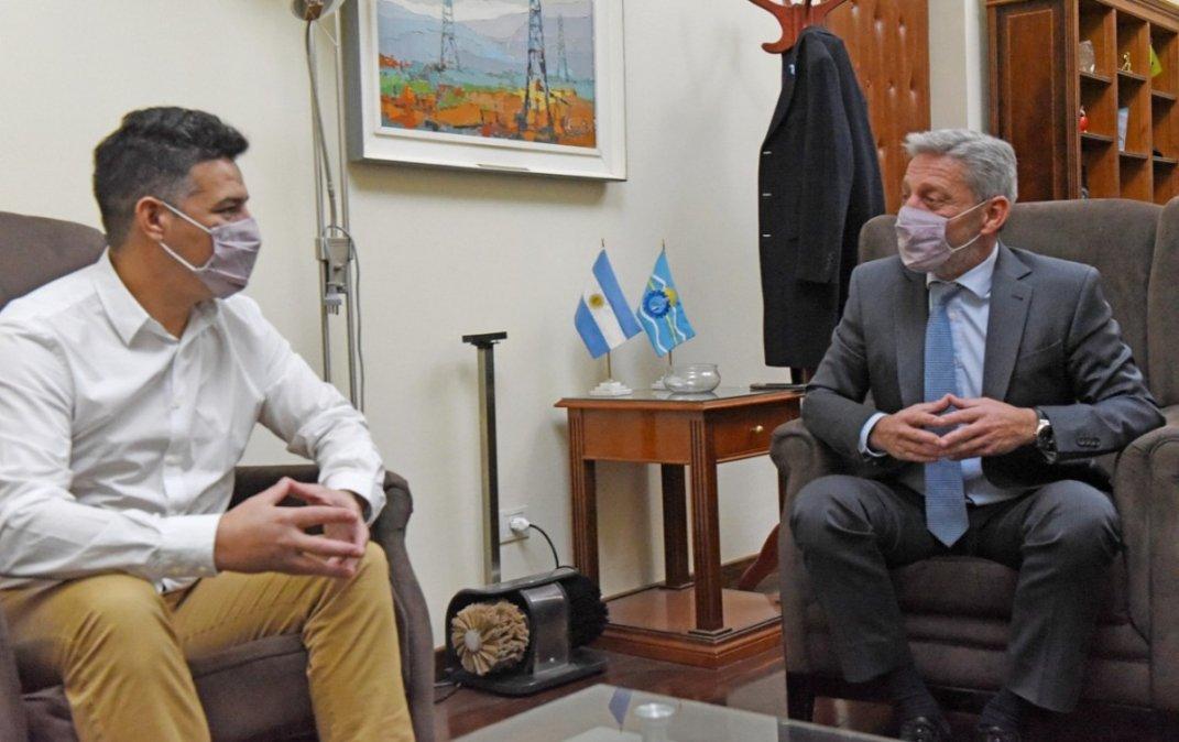 Balochi junto a Arcioni en la reunión de este martes en Casa de Gobierno.