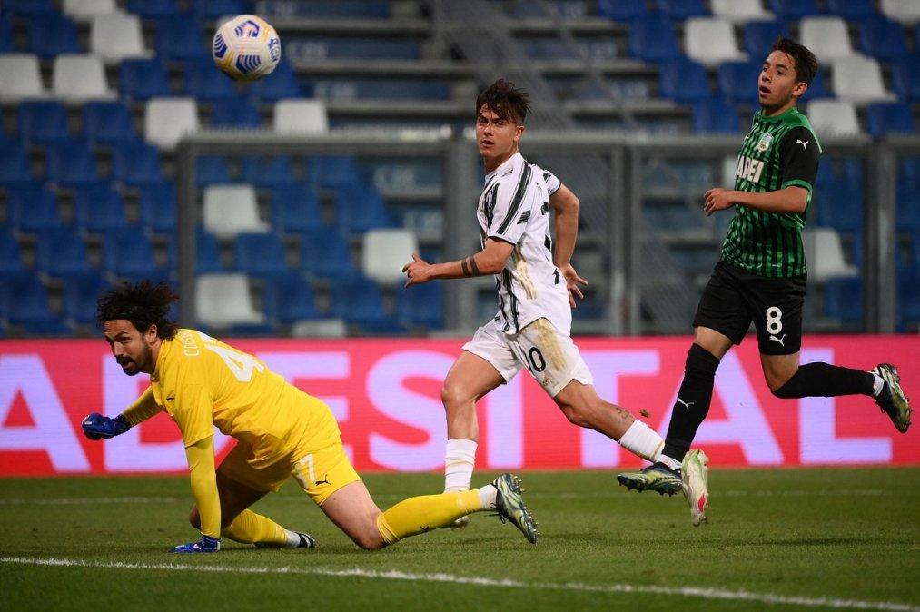 Dybala convirtió su gol número 100 con la camiseta de Juventus.
