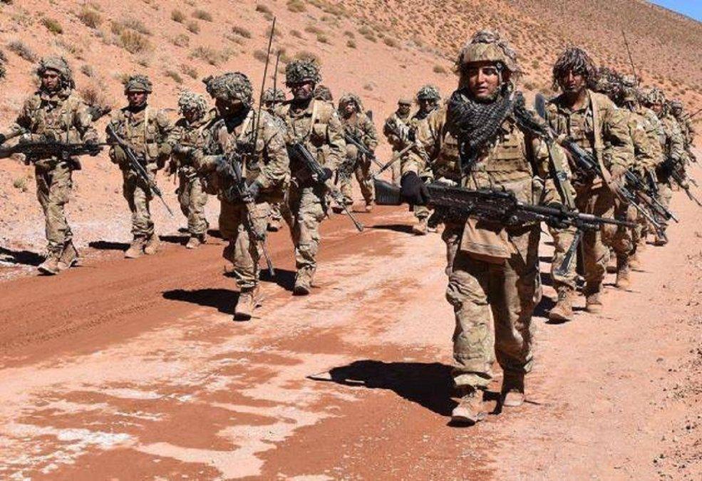 El Comando de la IX Brigada Mecanizada informó que el próximo viernes 14 realizará una marcha por la playa entre Comodoro y Rada Tilly. Forma parte del entrenamiento de los soldados voluntarios. (Archivo)