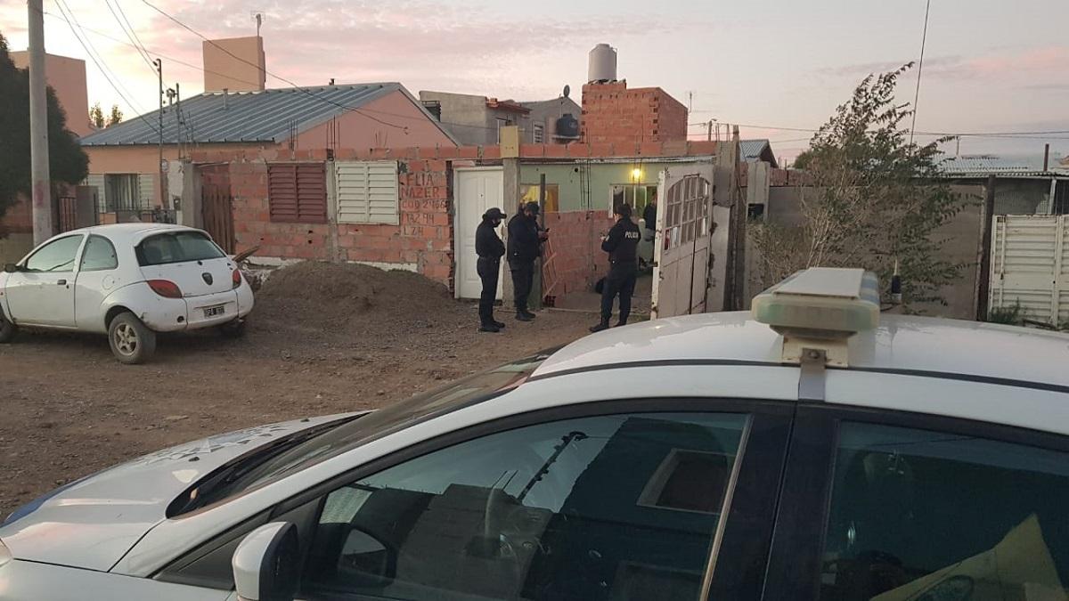 Recuperaron en km 8 una camioneta robada.