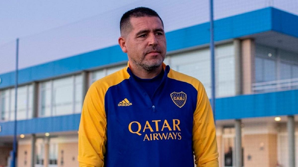 Riquelme le habló al plantel de Boca de cara al duelo del domingo ante River.