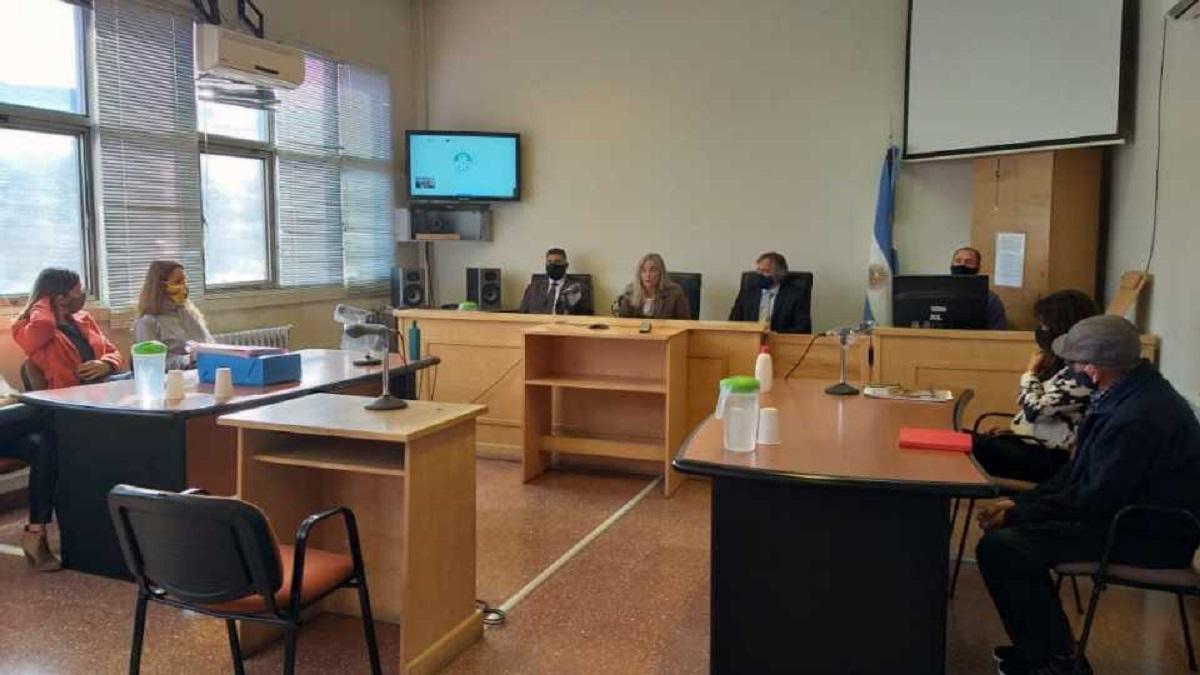Los tres magistrados coincidieron en que la solución propuesta por la Defensa para evadir la imposición de la pena perpetua