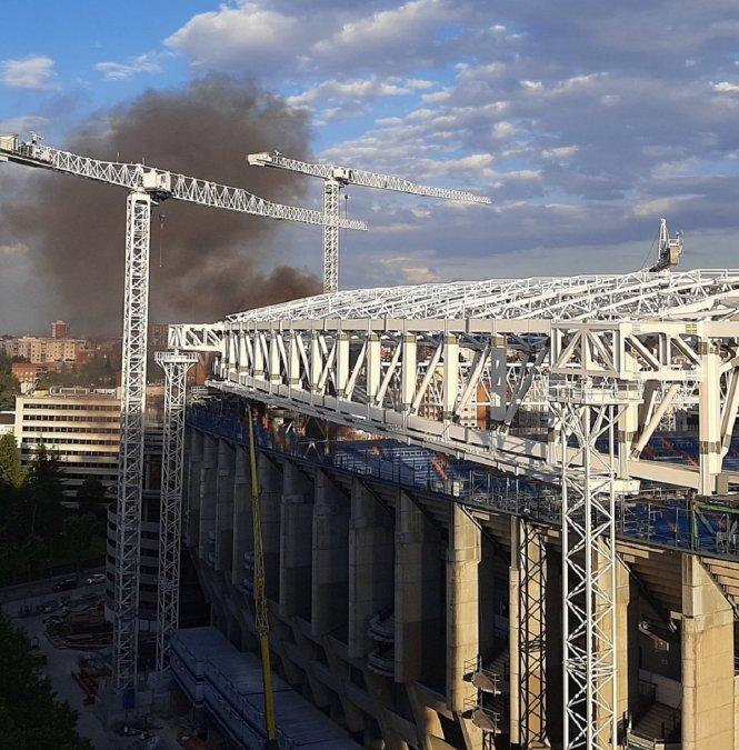 Incendio en el Santiago Bernabeú.