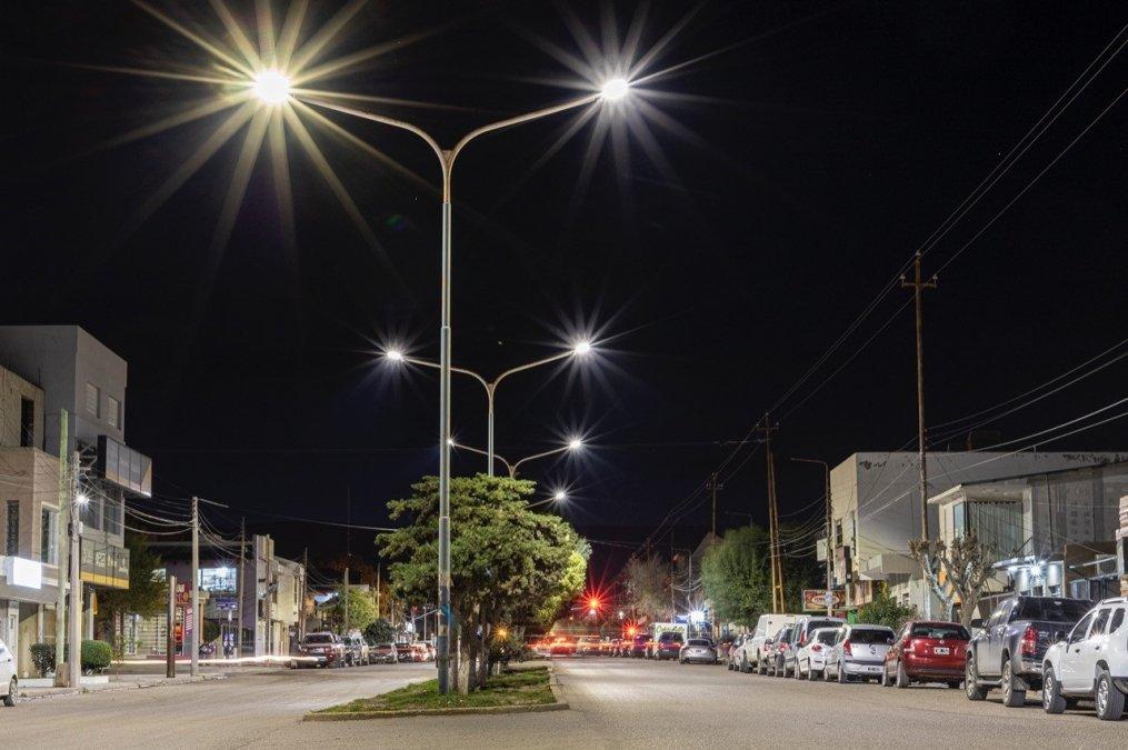 El Municipio profundiza el plan de recambio de luminarias en distintas zonas de la ciudad