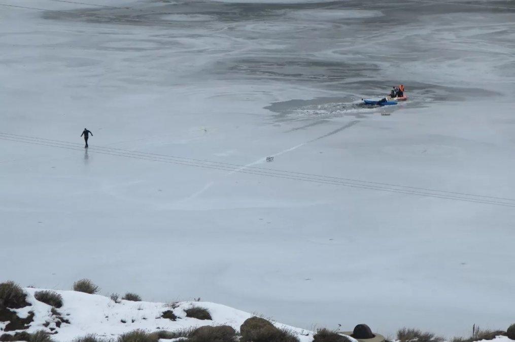 Murieron dos nenes al romperse el hielo del dique