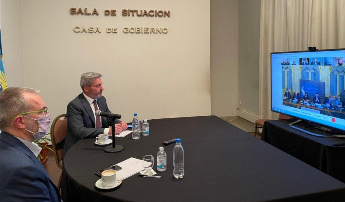 Arcioni participó en una videoconferencia con los ministros de Pedro y Vizzotti y evaluaron la marcha del Plan de Vacunación contra el Covid-19