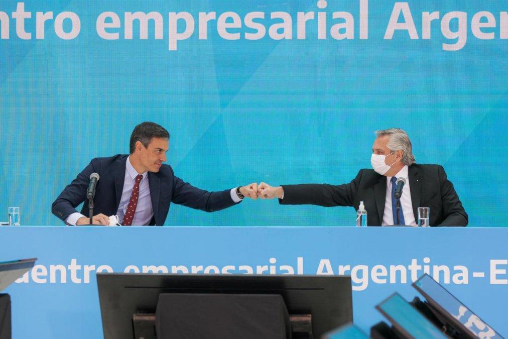 Fernández y Sánchez se reunieron con empresarios