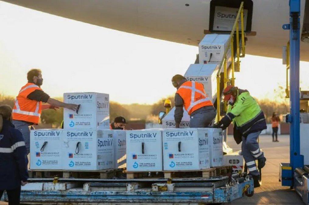 El próximo viernes arribarían a la provincia de Chubut 5.400 dosis del componente 2 de la vacuna Sputnik V y 600 dosis del componente 1.