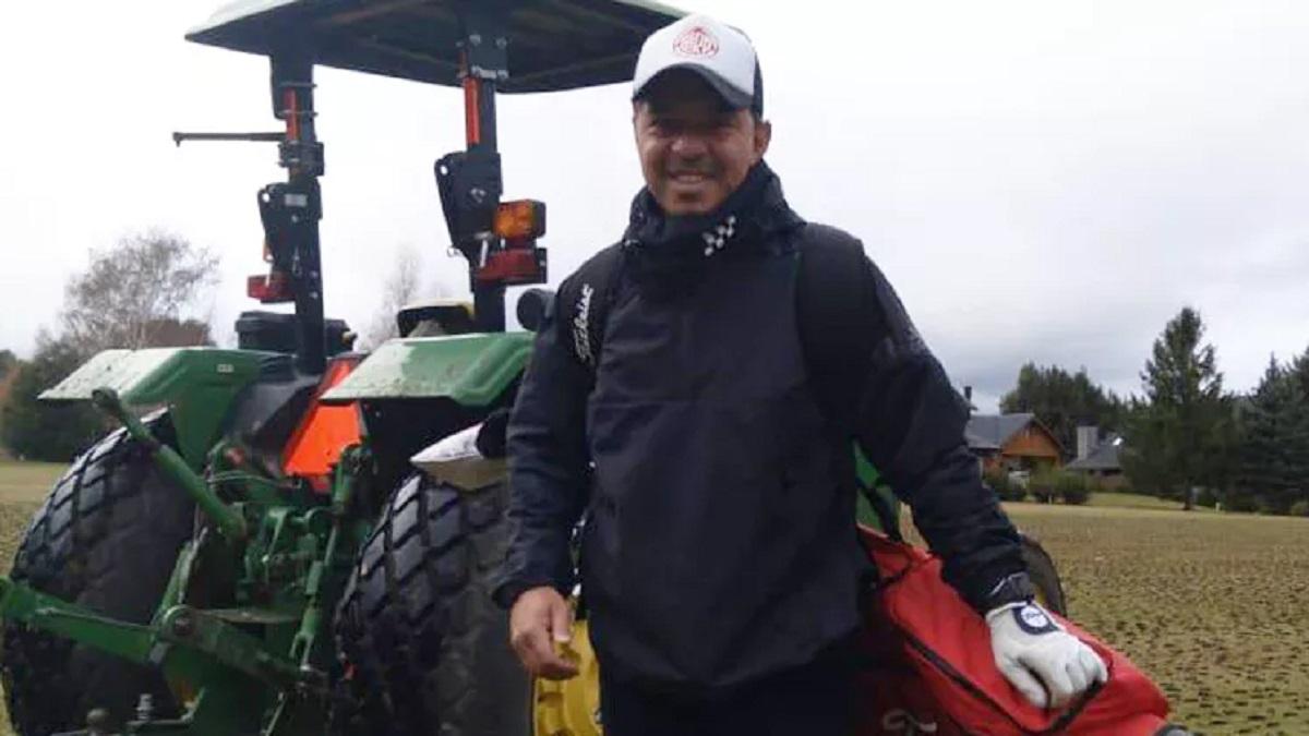 Gallardo descansa en Bariloche y jugó al golf.