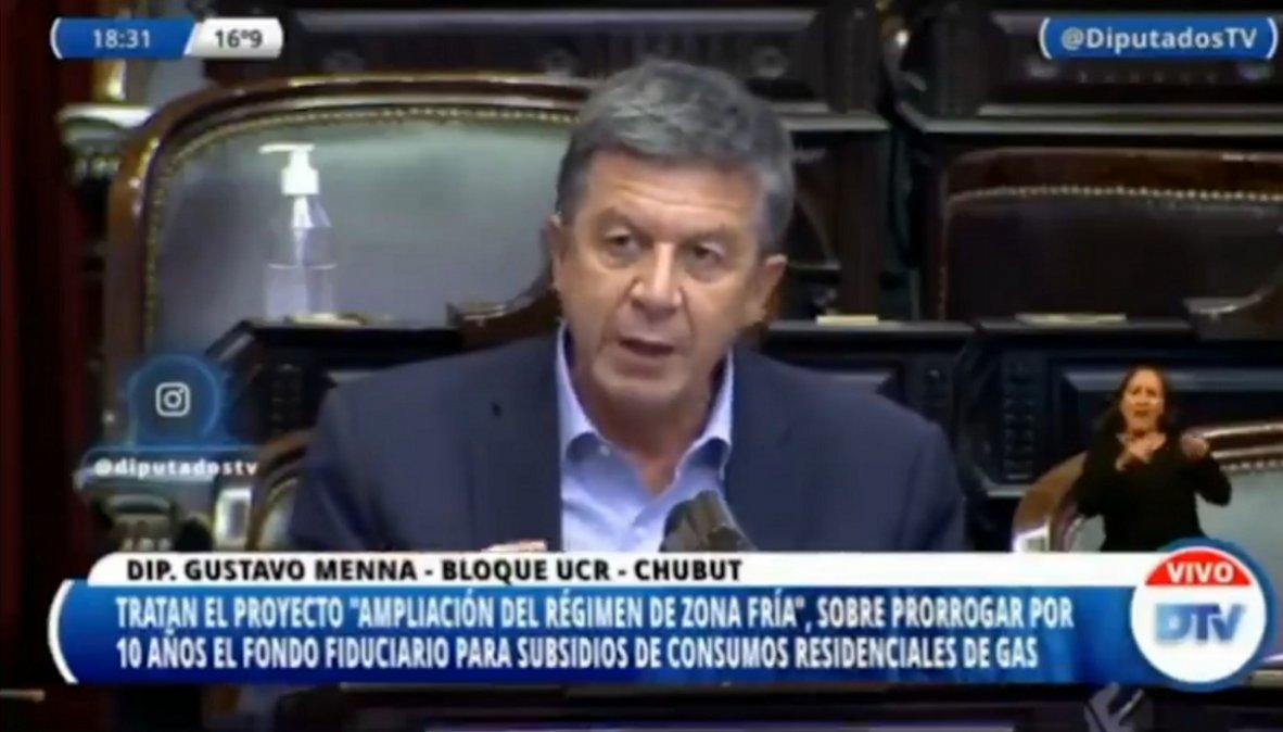 Gustavo Menna advirtió que el proyecto de ampliación de zona que recibirán el beneficio del gas subsidiado puede poner en riesgo el aporte que reciben localidades patagónicas