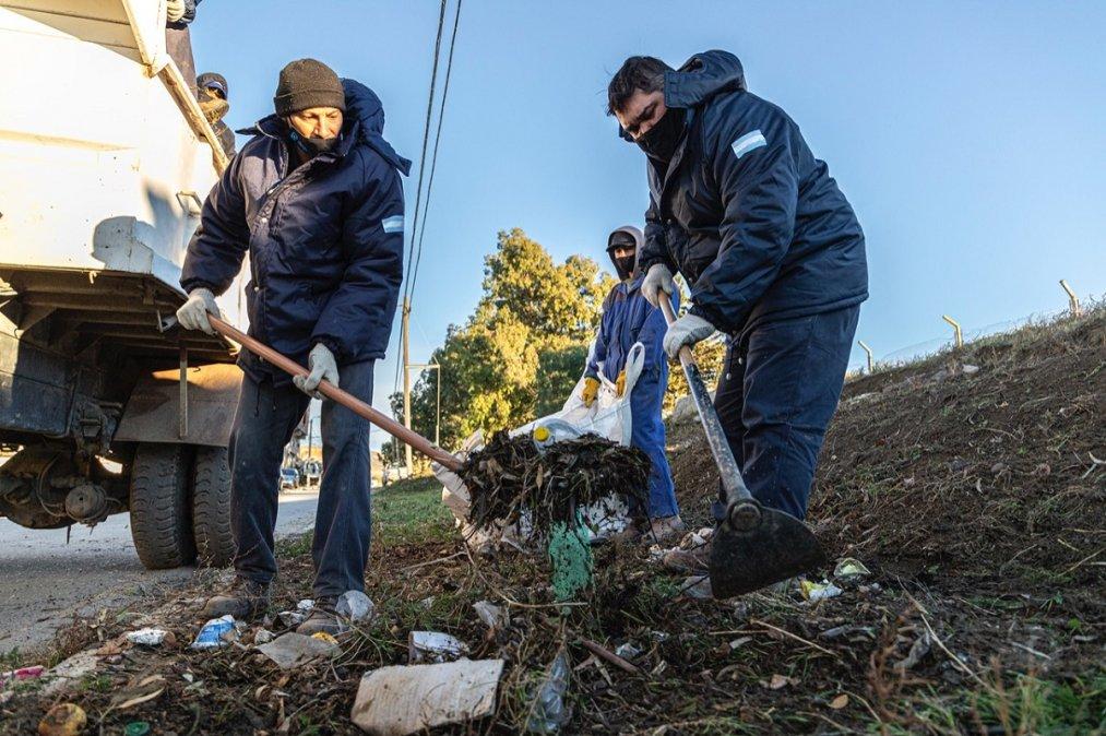 El Municipio complementa el plan integral de saneamiento urbano con nuevas acciones ambientales.