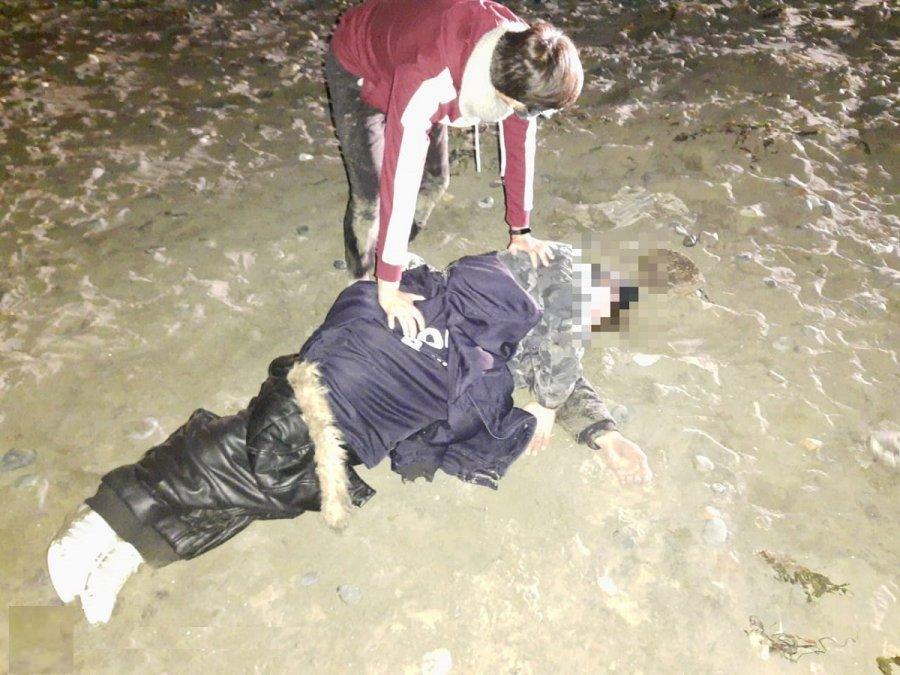 Discutió con su pareja y luego se arrojó al mar