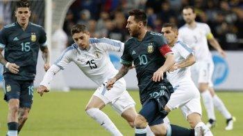 Argentina - Uruguay: horario, TV y formaciones