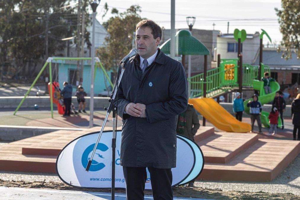 Luque inauguró la plaza 20 de Junio