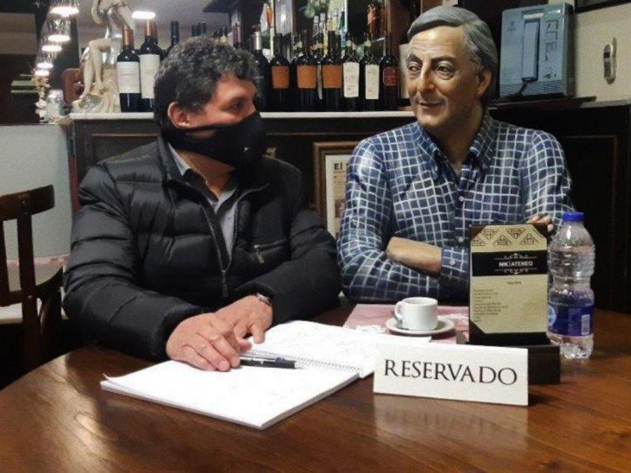 Rudy Ulloa publicará un libro sobre Néstor Kirchner.