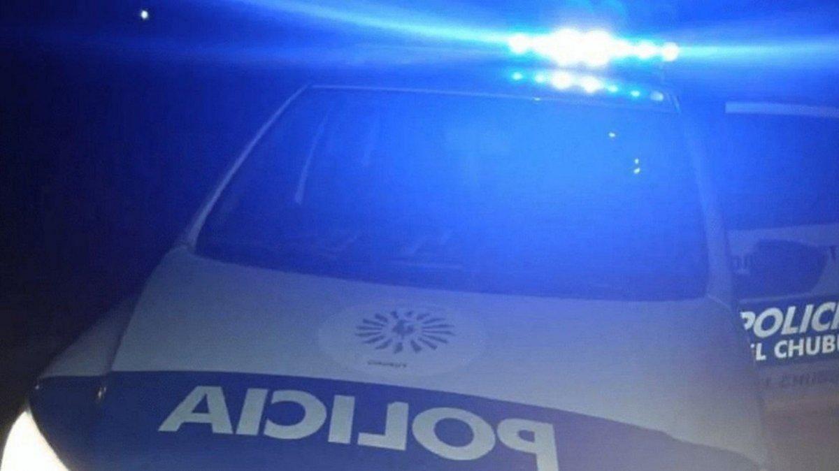 Un joven de 19 años fue baleado y se negó a ser trasladado al Hospital Regional.