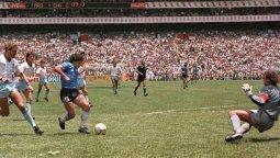altText(A 35 años del gol de Maradona a Inglaterra)}