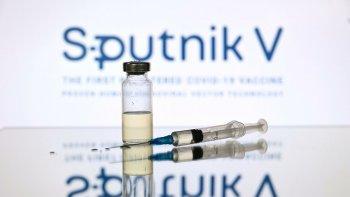 Desde Rusia explicaron la demora en la entrega de segundas dosis