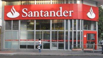 Bancos fueron multados por 15 millones por incumplimientos