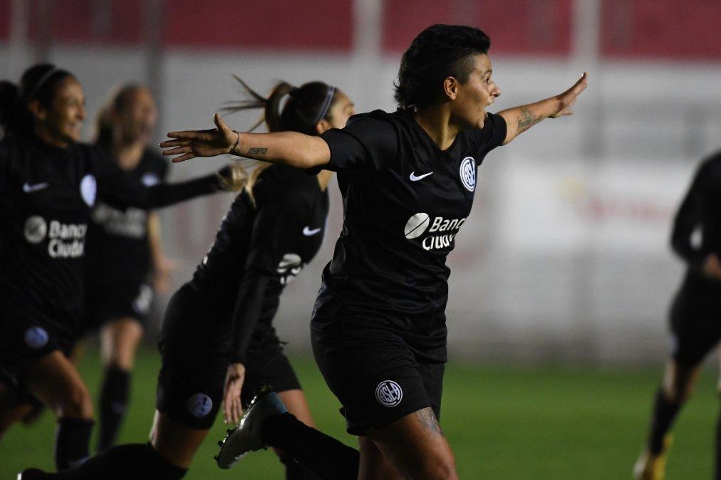 San Lorenzo campeón del Torneo Femenino tras vencer a Boca en los penales.