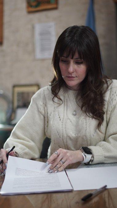 Cardillloempezó a trabajar en un estudio jurídico y desde entonces se desempeñó en diferentes cargos.