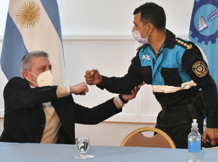 Arcioni remarcó la importancia de renovar la flota de vehículos y comenzar a incrementarla para poder brindarle mejores condiciones a la Policía del Chubut.