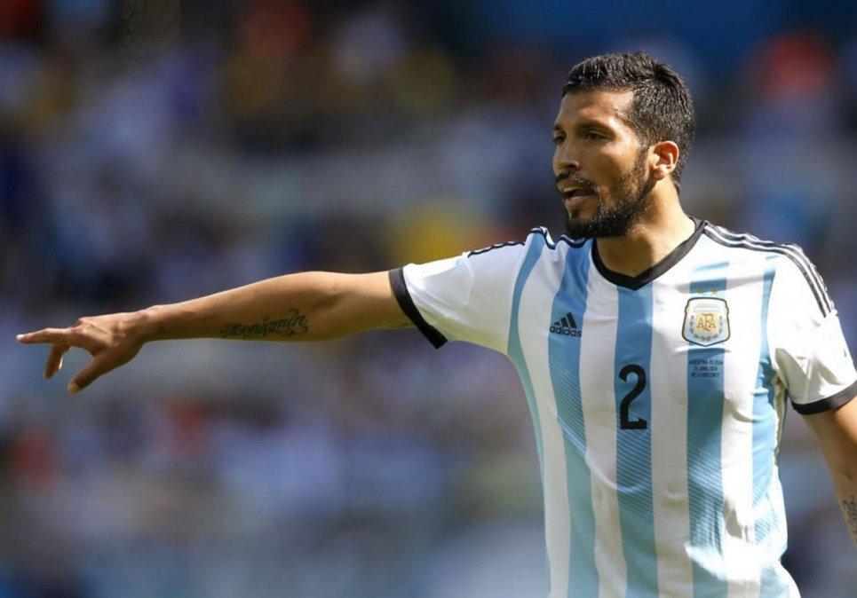 Ezequiel Garay deja el fútbol profesional.