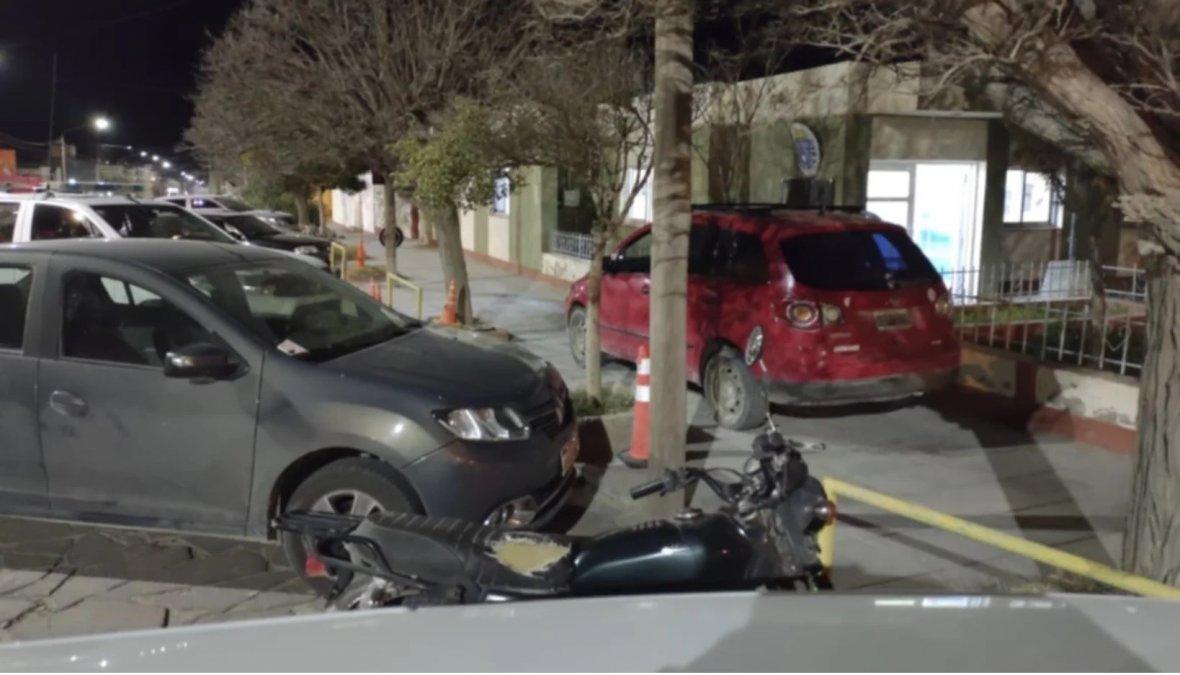 Un matrimonio persiguió y chocó al auto del acusado de abusar de su nieta. Foto: El Chubut