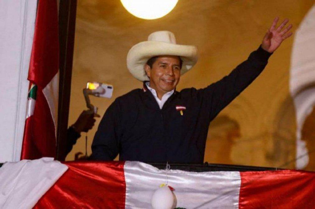 Proclamaron a Castillo como presidente de Perú