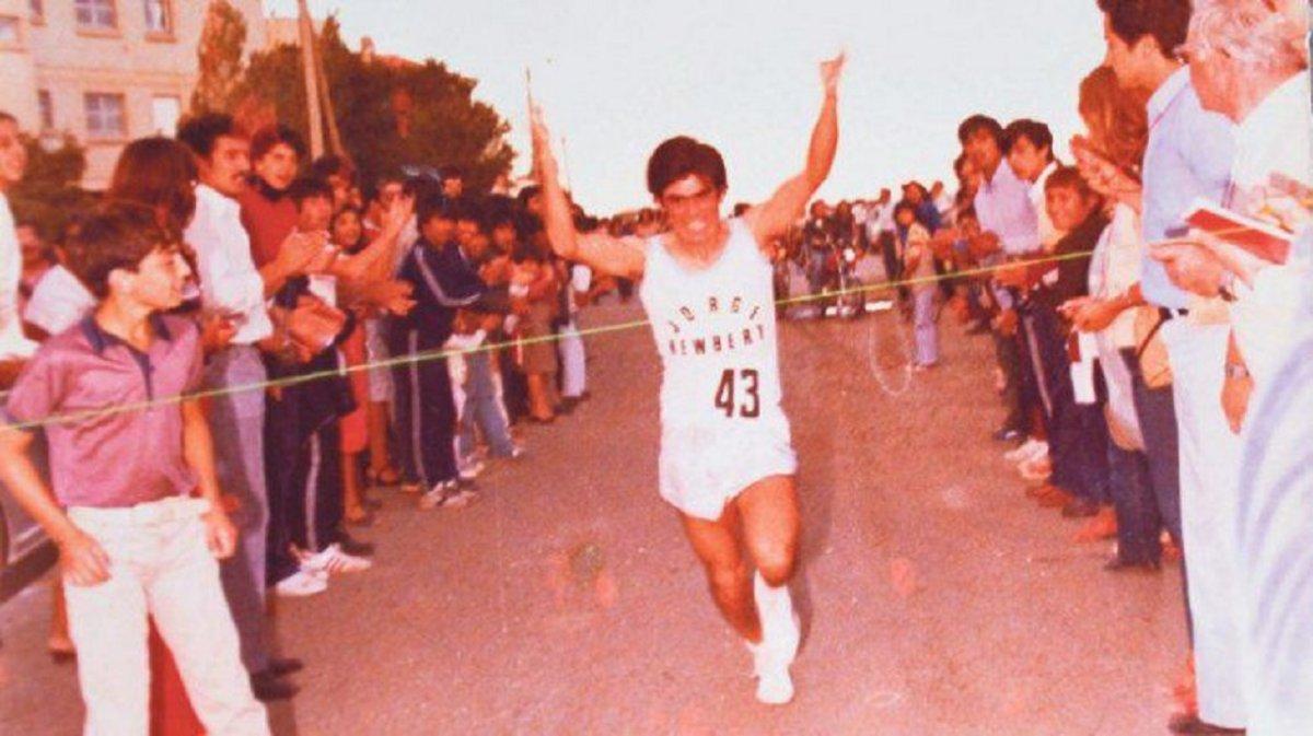 Pecas Álvarez fue el último comodorense en ganar la tradicional prueba atlética del Diario Crónica.
