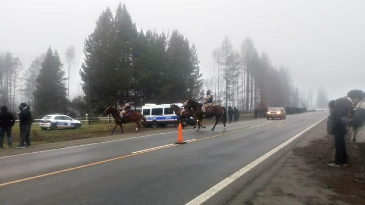 Las Golondrinas: Ampuloso operativo policial busca desalentar la toma de tierras