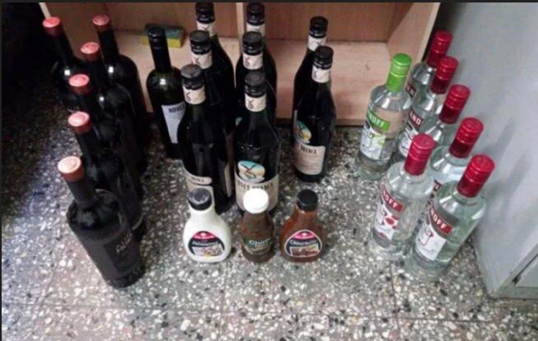 Su hermano dejó bebidas robadas en su casa y las entregó a la policía