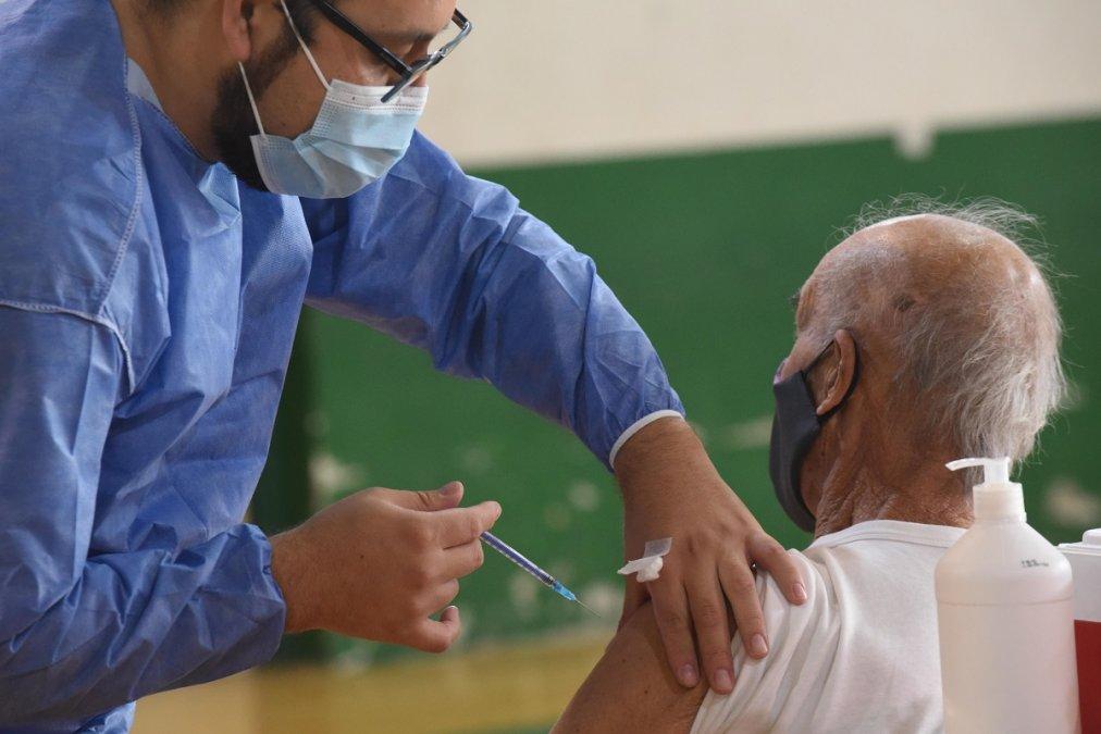En Chubut ya se aplicaron más de 400 mil vacunas contra el coronavirus.