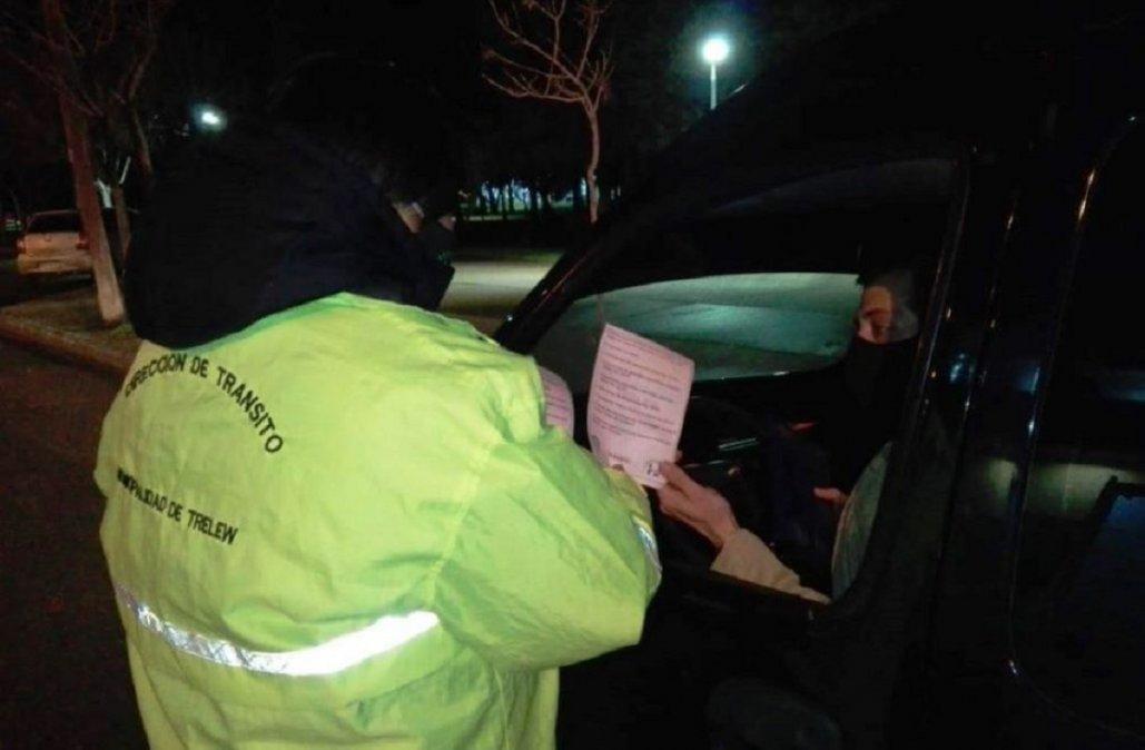El municipio de Trelew suspendió y denunciará a dos agentes de Tránsito por pedir coima a un automovilista.